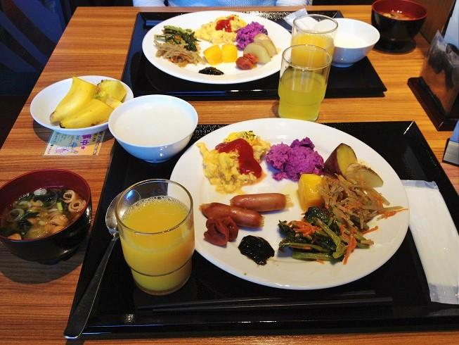 沖縄では「ホテルロコアナハ朝食」「那覇空港内レストラン」が美味しい