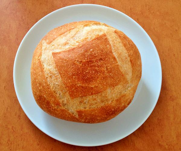 「ポンパドウル」のフランスパン・ブールが美味しい