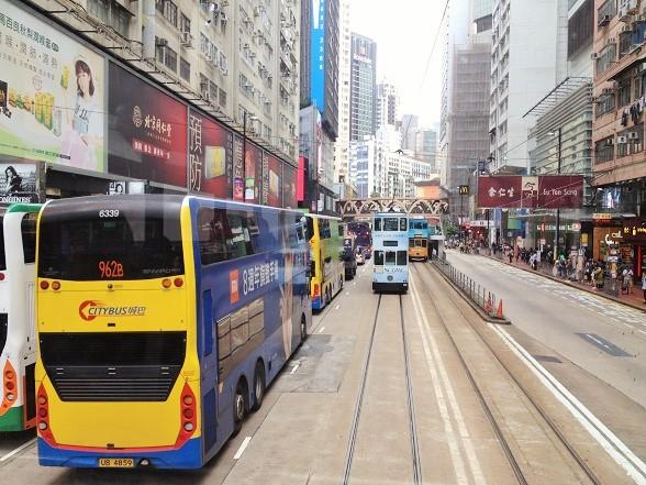 香港トラムで気持ちいい街並み観光