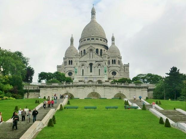 パリ観光は観光客が少ない11月が最適「サクレクール寺院」