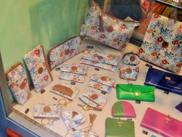 フィレンツェでの買い物は革製品(小物と靴)がおすすめ