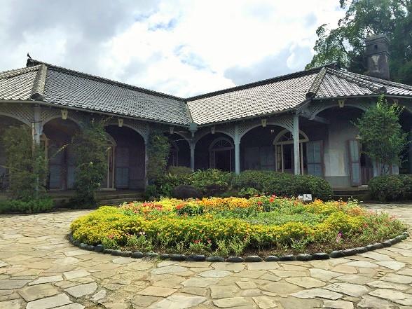 坂道の多い長崎観光「グラバー園・オランダ坂・出島」