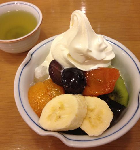 東京で美味しいあんみつ「みはし」のフルーツクリームあんみつが絶品