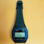 「チープカシオ」デジタル腕時計が防水で使い心地抜群