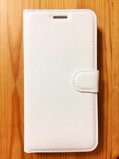 手帳型スマホケース危険性はあるけれど、画面を保護できて安心