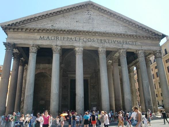 歩き疲れたローマ観光「パンテオン」