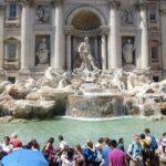 歩き疲れたローマ観光「トレヴィの泉」
