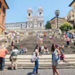 歩き疲れたローマ観光「スペイン階段」
