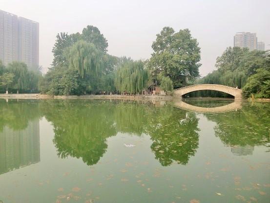 西安・長楽公園をのんびり歩く