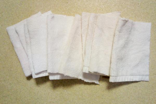 バスマットの再利用、使い捨ての厚手雑巾に
