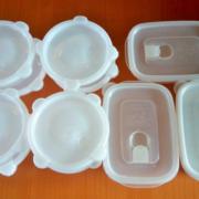 プラスチック製品の危険性―熱や油で溶け出す有害物質