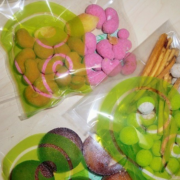 feveの豆菓子とFAR EAST BAZAARのジェラート
