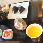 成田トラベルラウンジでの飲食
