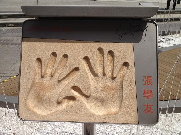 被害者叩きが蔓延する日本社会。弱者が弱者を叩く風土?