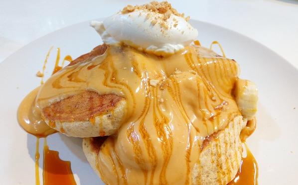 「ココペリ」(湘南台)でフワフワ美味しいパンケーキ
