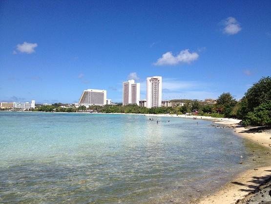 綺麗な海のあるグアムでのんびり過ごすの最高