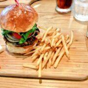 藤沢で評判のハンバーガー屋さんはやっぱり美味しい!