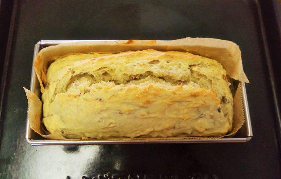 スイートポテト生地とバナナのパウンドケーキが美味しい!